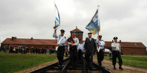 1024px-Flickr_-_Israel_Defense_Forces_-_IDF_Witnesses_in_Uniform_Delegation_March_Into_Auschwitz-Birkenau_Concentration_Camp